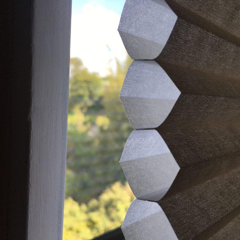 Honeycomb blinds