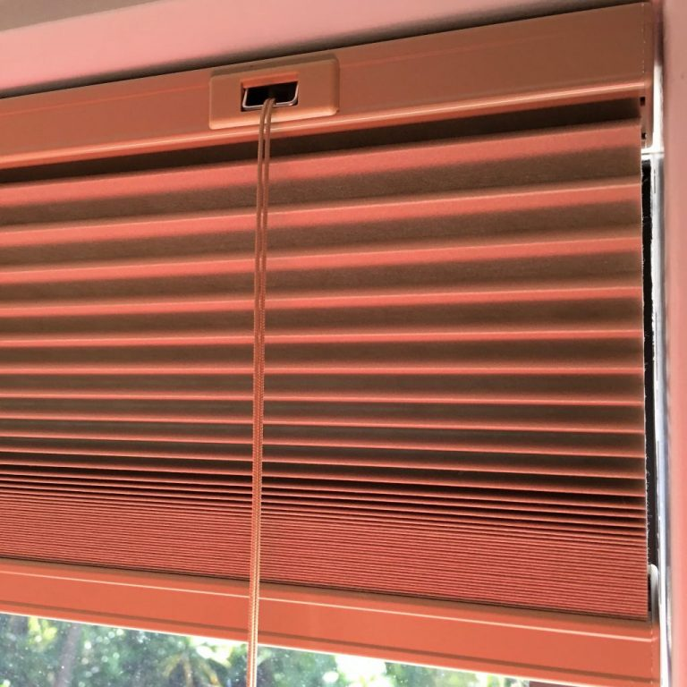 Cord operated cellular blinds