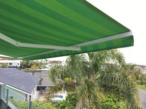 High quality Planosol fabric on a retrractable awning