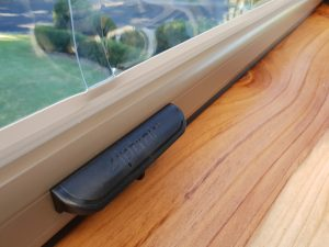 Ziptrak blinds back handle