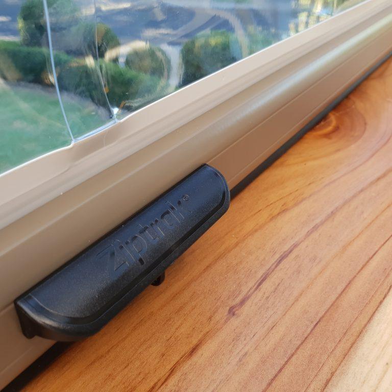 Ziptrak blinds back handle
