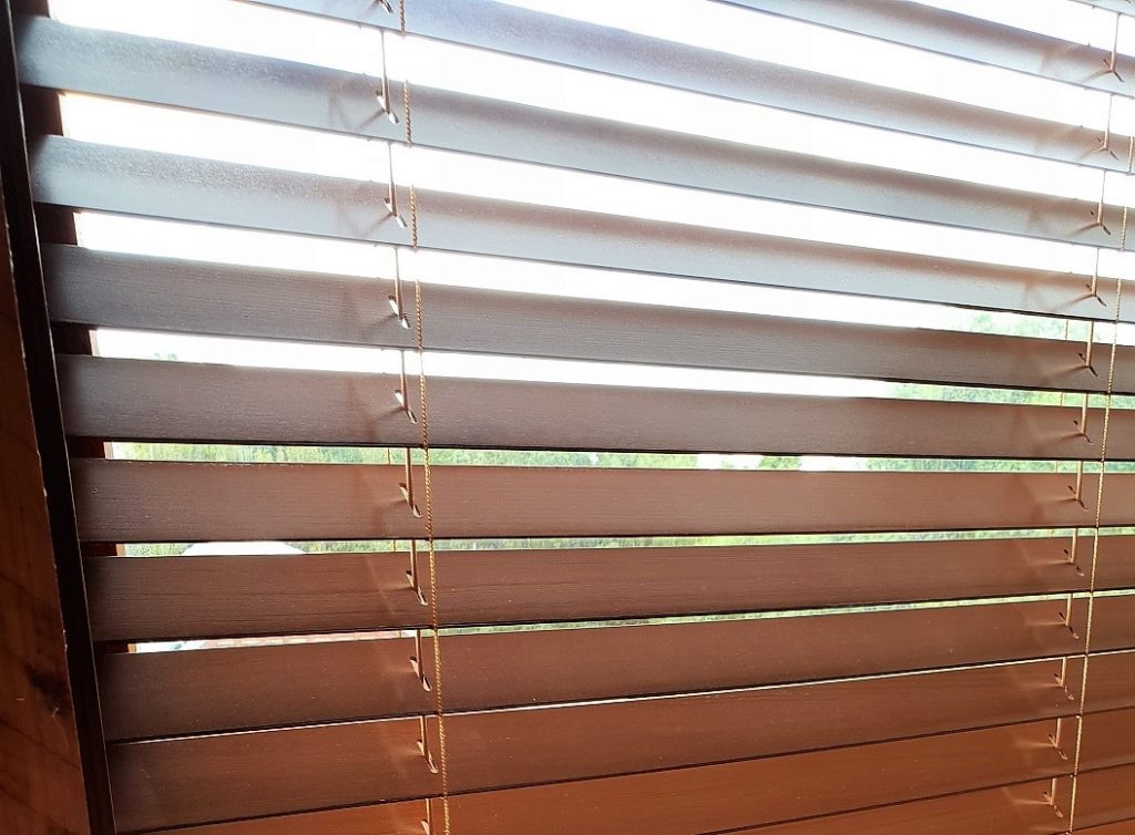 Cedar Venetian Blinds in Matakana