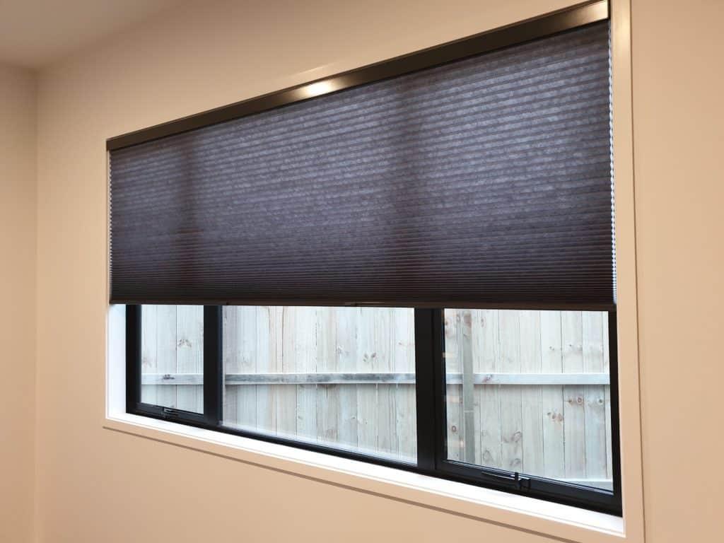 Sheer honeycomb blinds