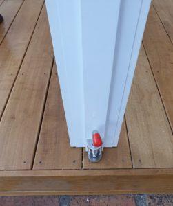 Ziptrak removable post floor plate