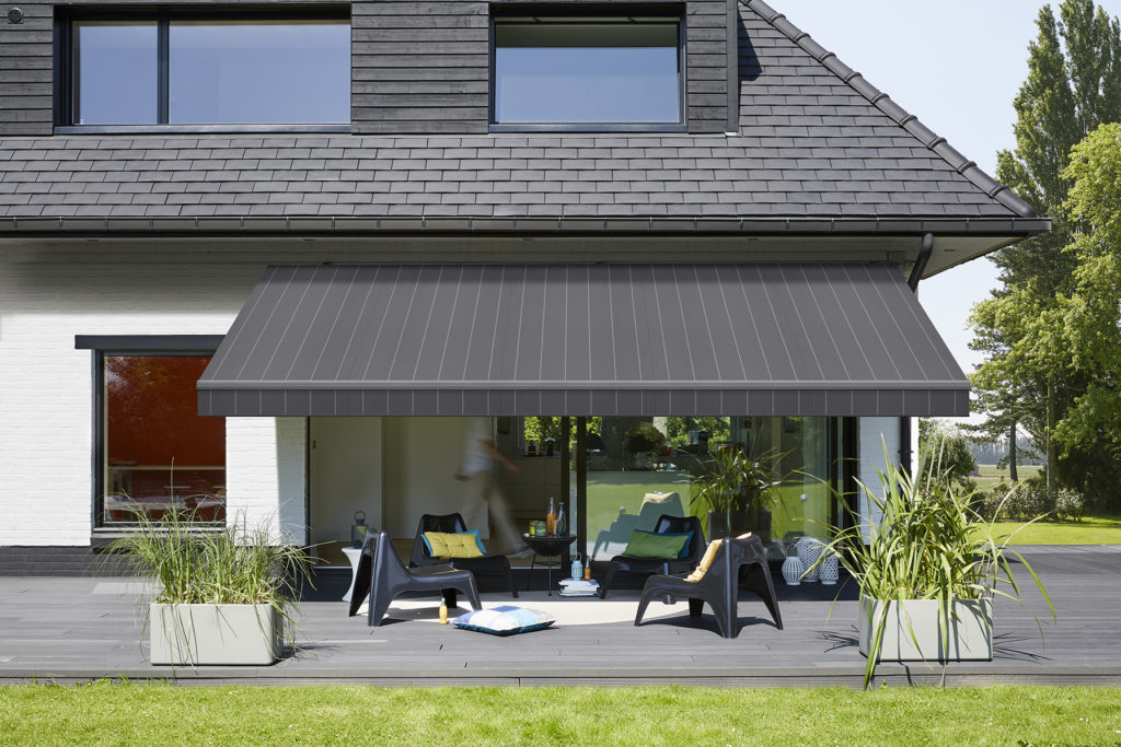 Te Ra Retractable Awnings